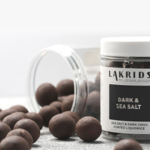 Lakrids Dark and Salt chocolate negro y regaliz en Inhala, Barcelona.