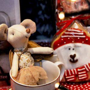 ratolí angel maileg amb galeta inhala coffee granollers barcelona